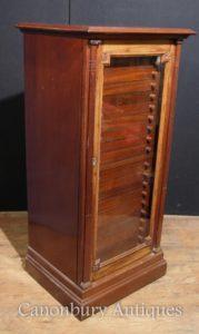 Античный викторианский образец грецкого ореха