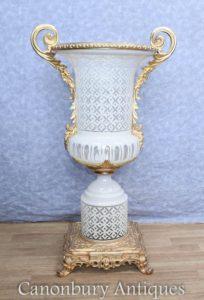 Одиночная французская вырезанная эмблема Campana Urn Vase