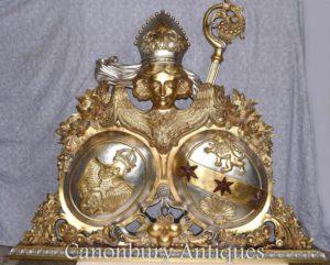 Позолоченная рука вырезанного русского герба Орла Скульптура