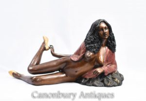 Бронза 70 Sexy Lady Semi Обнаженная статуэтка Эротика Китч